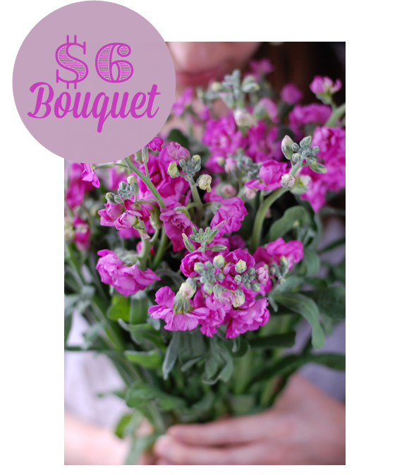 A super easy $6 bouquet from Trader Joes